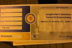 Jungfernfahrt Gelenkbus BS Verkehrs GmbH im Eintacht Braunschweig Fanlook